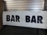 Spandoek (banner) Bar Bar